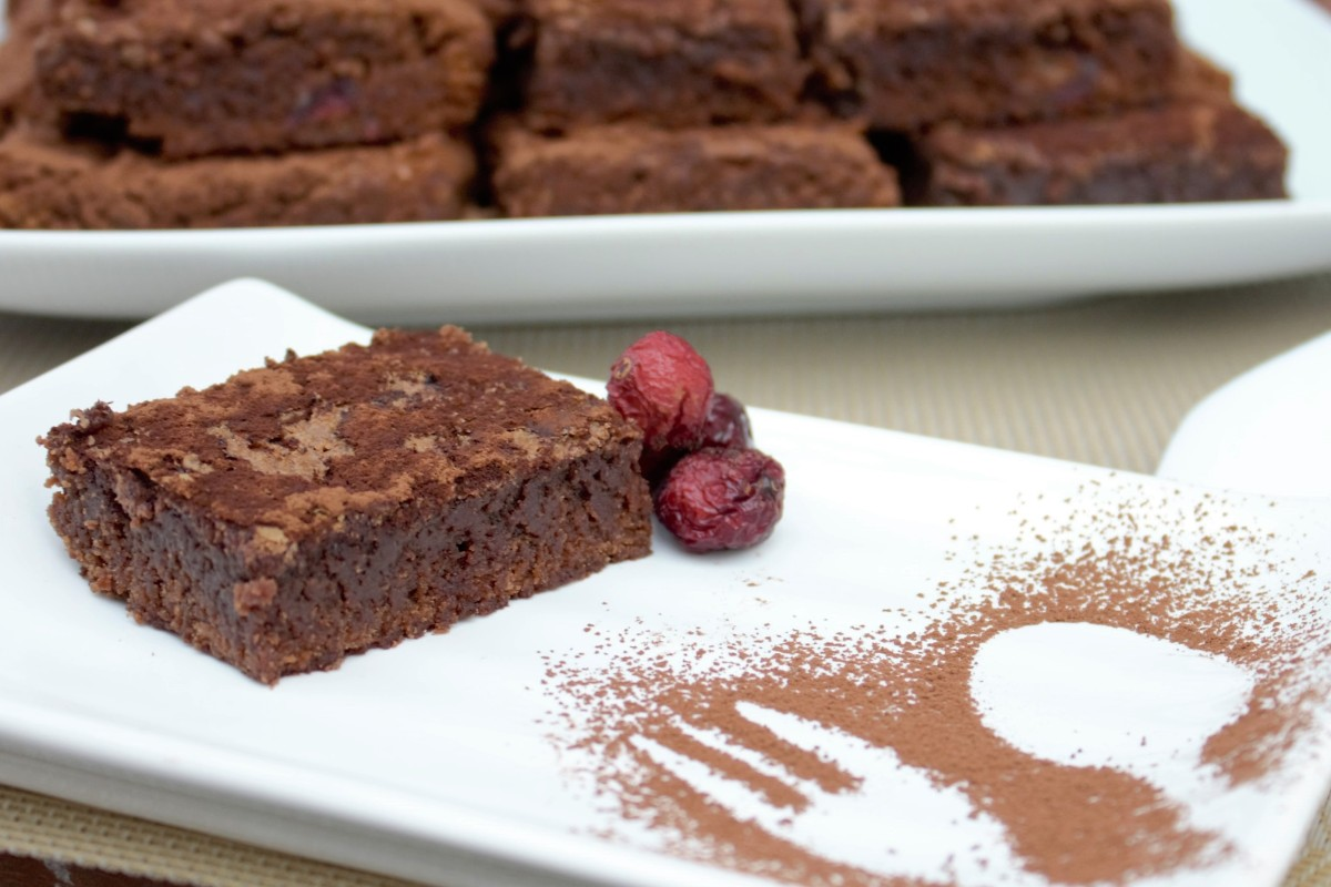 BROWNIE DE CHOCOLATE Y ARANDANOS